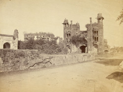 View of the south gate to Lalbagh Fort, Dhaka